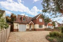 4 bed Detached house in Peppard Common...
