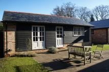 Detached Bungalow to rent in Streets Heath, West End