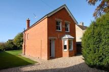 2 bedroom Detached property to rent in Newbury, Berkshire