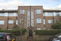 2 bedroom Apartment in Richmond, Surrey