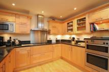 2 bed Apartment to rent in Richmond, Surrey