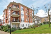 2 bedroom Apartment to rent in East Twickenham, Middx