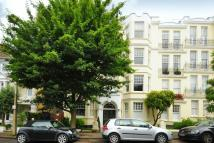Apartment to rent in Richmond, Surrey