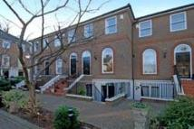 1 bed Apartment to rent in Richmond, Surrey
