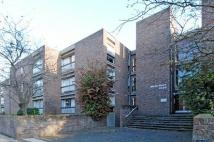 1 bed Apartment to rent in Martin Court, Summertown