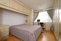 1 bed semi detached property to rent in 26 Eversley Road...