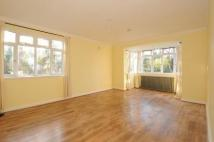 Apartment to rent in Kingston Hill...