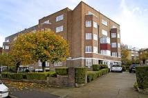 3 bed Apartment in ST. MARKS HILL, SURBITON