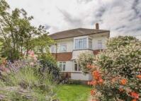 2 bedroom Maisonette to rent in Warwick Road...