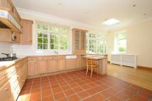 4 bed Detached house in EDGWARE, MIDDLESEX