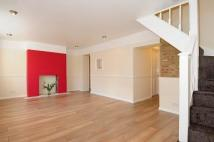 Cottage to rent in Bushey, WD23