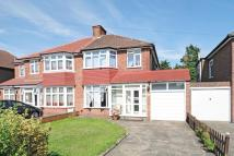 3 bed semi detached house to rent in BUSH GROVE, STANMORE