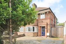 CHEYNEYS AVENUE semi detached property to rent