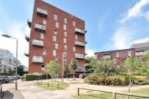 2 bed Apartment to rent in Edgware, HA8