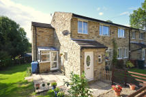 Town House for sale in 5 College Court, Bradley,