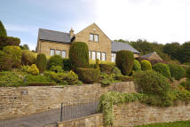 Detached Bungalow in Holme Bank, Farnhill