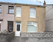 3 bedroom semi detached property to rent in Woodland Road, Crynant...