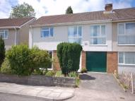 3 bedroom semi detached property to rent in 37 Geraints Way...