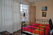 Studio apartment to rent in Green Lanes, London