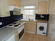 Apartment to rent in Tiptree Drive, Enfield...