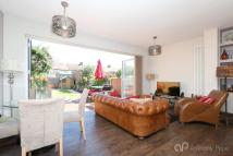 3 bed Terraced house for sale in Dorchester Avenue...