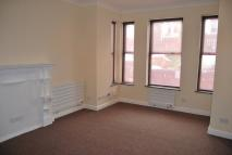 1 bed Ground Flat to rent in Broomfield Avenue...