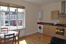 Apartment to rent in Russell Road, London,