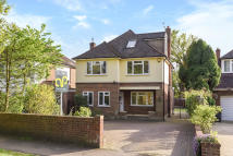 Detached property in Chase Side, Southgate