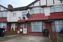 1 bedroom Ground Flat in Orpington Gardens...