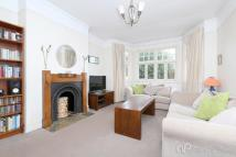 3 bed Flat for sale in Belmont Avenue...