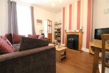 2 bedroom Flat in Gladstone Street...
