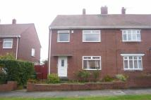3 bed semi detached house to rent in Grotto Road...