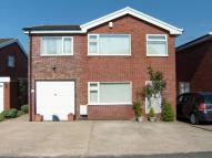 4 bed Detached property in Beacon Road...