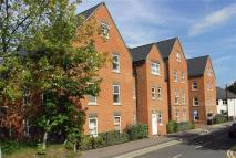 2 bedroom Apartment for sale in Heath Hill Road South...