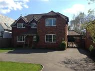 4 bedroom property to rent in Ellis Road, Crowthorne
