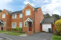 3 bedroom property in Napier Close, Crowthorne