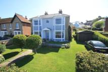 5 bedroom Detached home in Queens Road, Cowes...