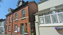 semi detached house in 2 St Leonards...