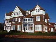 Apartment in Hyldon Court...