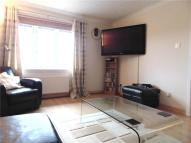 Lintwhite Court Flat to rent