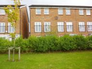3 bed Town House in Trent Bridge Close...