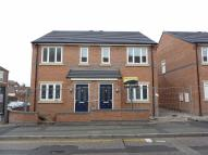 3 bed semi detached house to rent in Hightown, Crewe