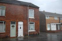2 bedroom End of Terrace property in Fell Street, Smallthorne...