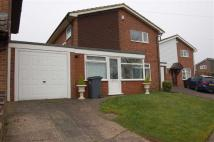 Link Detached House in Deansberry Close...