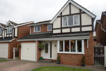 4 bedroom Detached property in Fox Grove, Warmsworth...