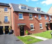 3 bedroom Town House in Farnley Road, Balby...