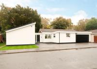 3 bedroom Detached Bungalow for sale in Birchwood Dell, Bessacarr