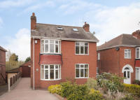 5 bed Detached property in 212 Tickhill Road, Balby...