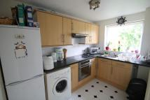 Flat to rent in Trotwood, Chigwell, IG7