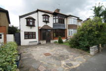 5 bed semi detached house to rent in Byron Avenue, London, E18